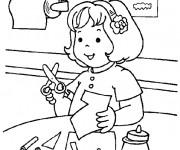 Coloriage Un élève en classe Maternelle