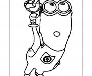 Coloriage et dessins gratuit Minion Kévin mange de la glace à imprimer