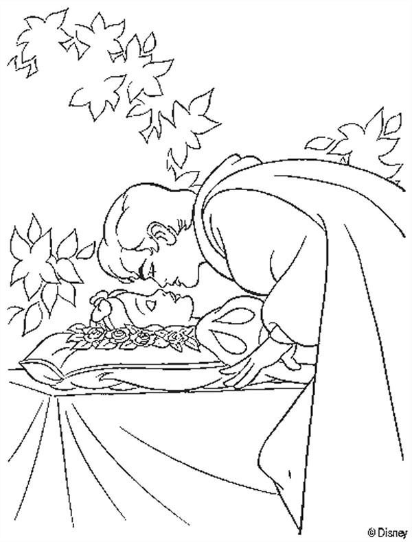Coloriage et dessins gratuits Princesse Blanche Neige et le prince charmant à imprimer