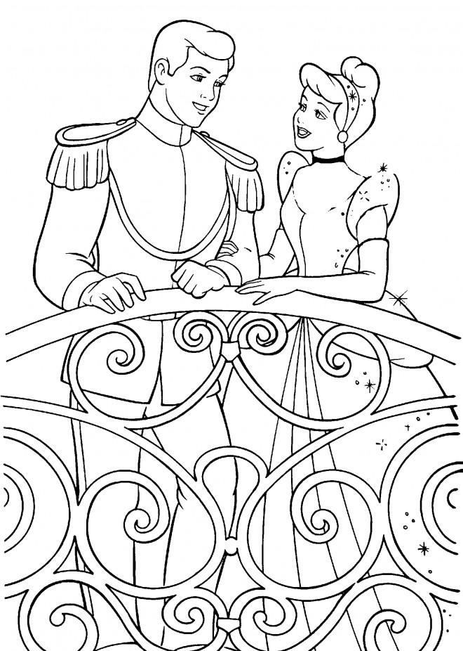 Coloriage et dessins gratuits Cendrillon et le Prince amoureux à imprimer