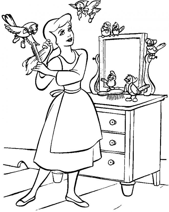 Coloriage et dessins gratuits Cendrillon se brosse les cheveux à imprimer