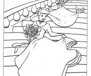 Coloriage Princesse Cendrillon dans Le Palais