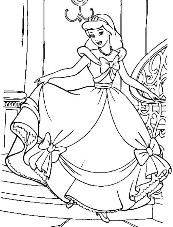 Coloriage et dessins gratuits Princesse Cendrillon formidable à imprimer
