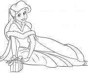 Coloriage Ariel en robe splendide