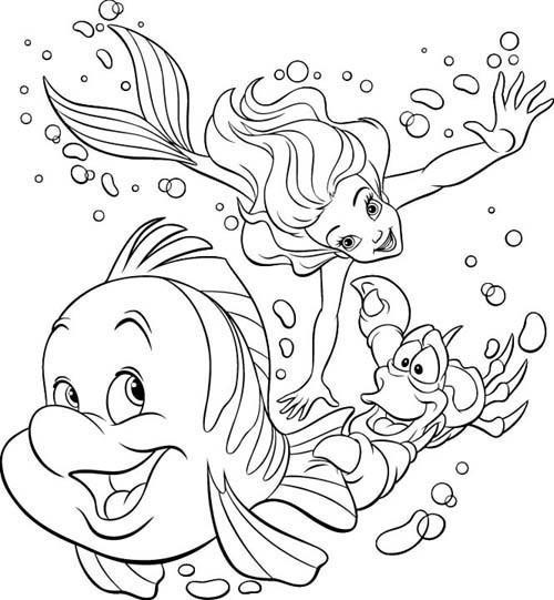 Coloriage et dessins gratuits Princesse Ariel et Sébastien nagent à imprimer