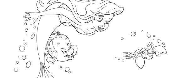 Coloriage et dessins gratuits Princesse Ariel nage avec les Poissons à imprimer