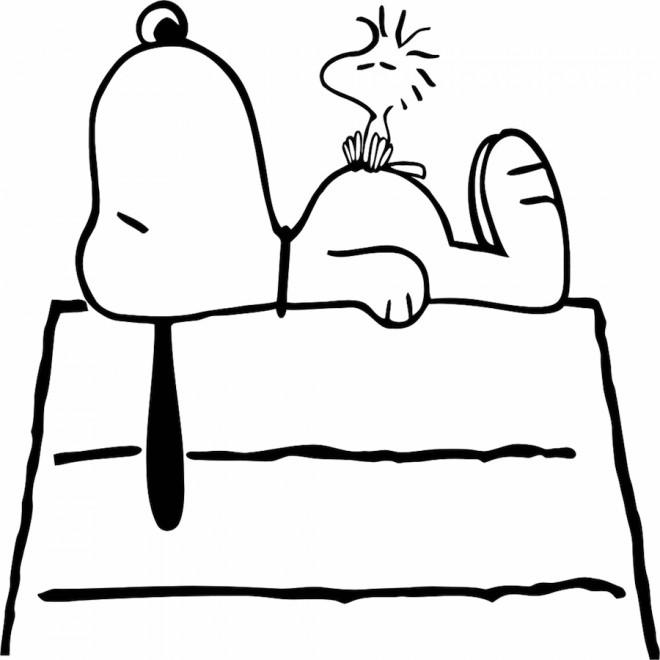 Coloriage et dessins gratuits Snoopy en couleur à imprimer