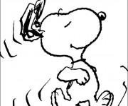 Coloriage Snoopy en marche à découper