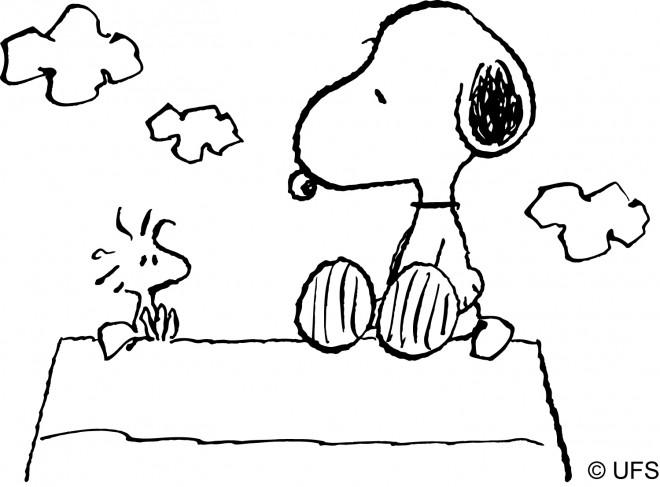 Coloriage et dessins gratuits Snoopy en plein air à imprimer