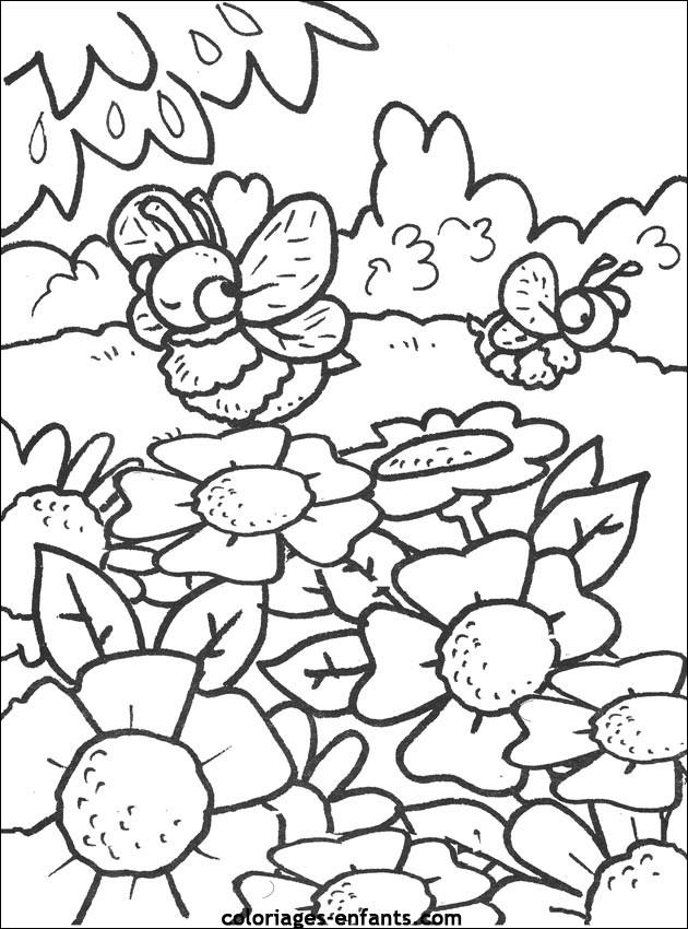 Coloriage et dessins gratuits Abeilles dans la forêt à imprimer