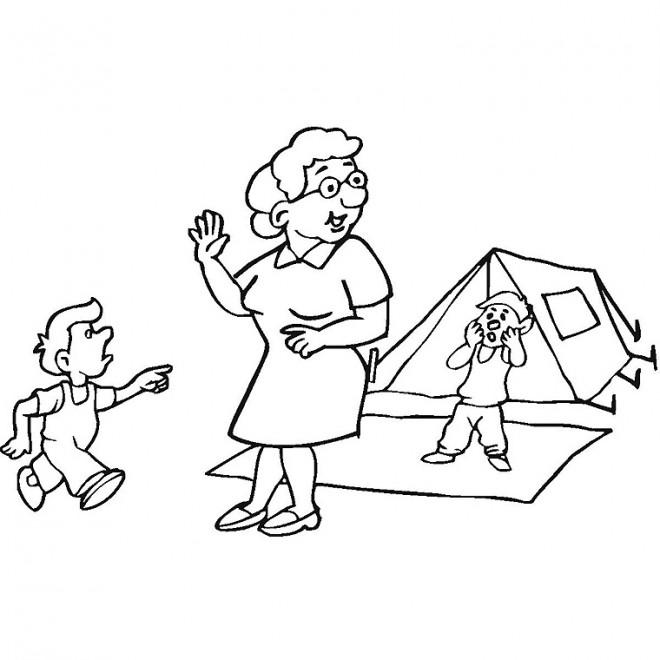 Coloriage et dessins gratuits Camping Grand mère et les enfants à imprimer