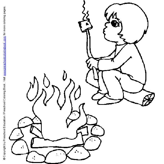 Coloriage et dessins gratuits Le petit Enfant mange en camping à imprimer
