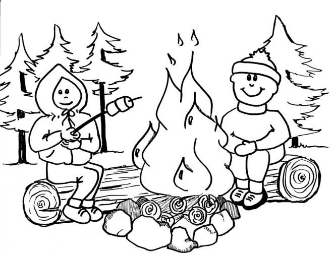 Coloriage Les Enfants Allument Le Feu Camping Dessin Gratuit A Imprimer