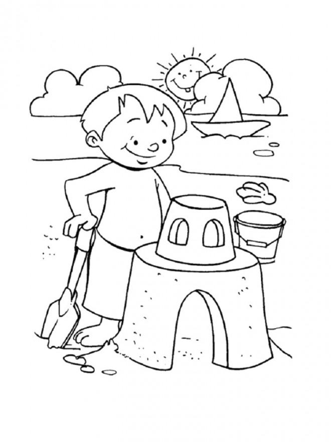 Coloriage et dessins gratuits Enfant construit son Château de Sable à imprimer