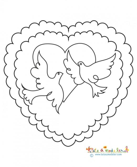 Coloriage Coeur Mariage.Coloriage Colombe Et Coeur De Mariage Stylise