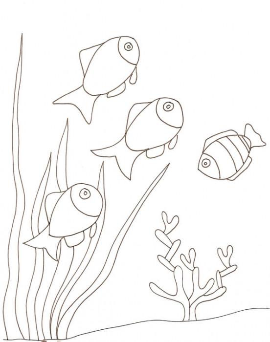 Coloriage et dessins gratuits Poissons nagent sur le Corail à imprimer