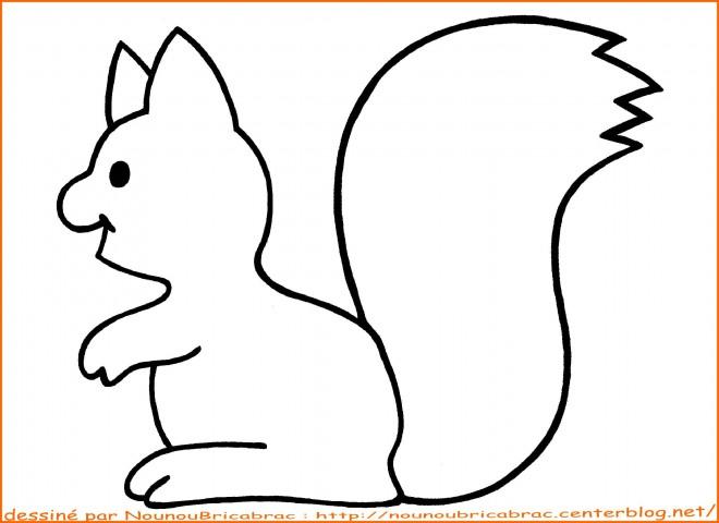 Coloriage et dessins gratuits Ecureuil 14 à imprimer