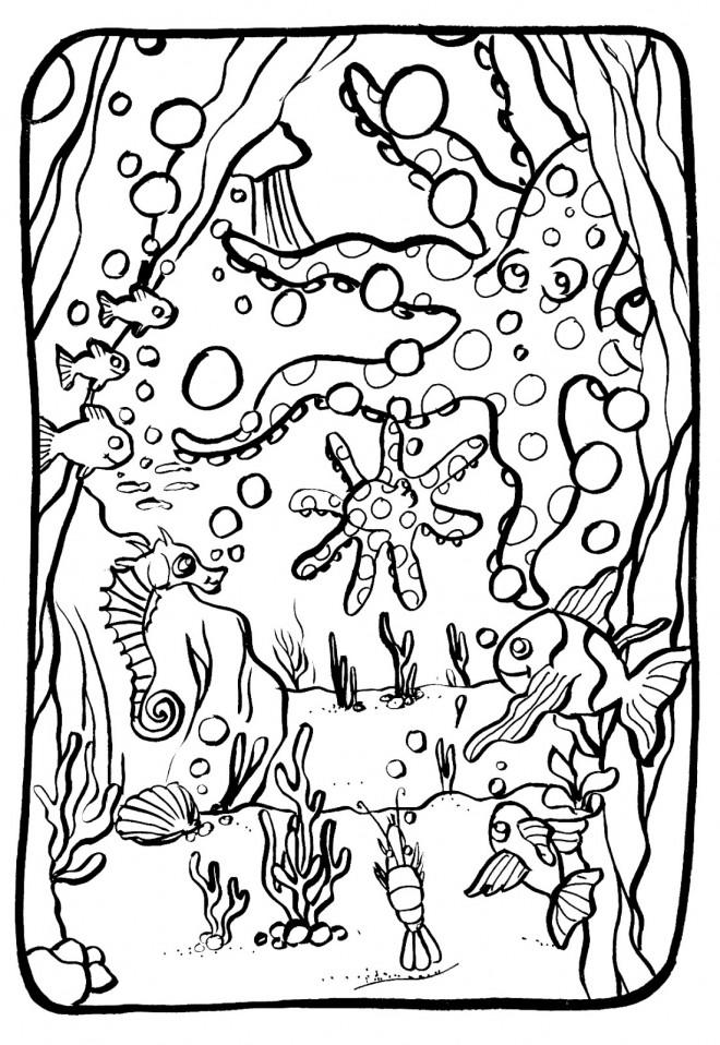 Coloriage et dessins gratuits La beauté de Fond Marin à imprimer