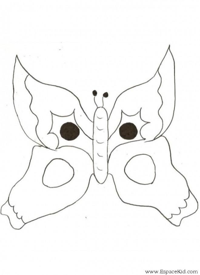 Coloriage et dessins gratuits Magnifique Papillon taché à imprimer