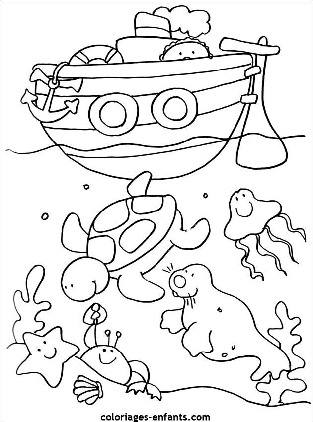 Coloriage et dessins gratuits Fond de Mer et Bateau à imprimer