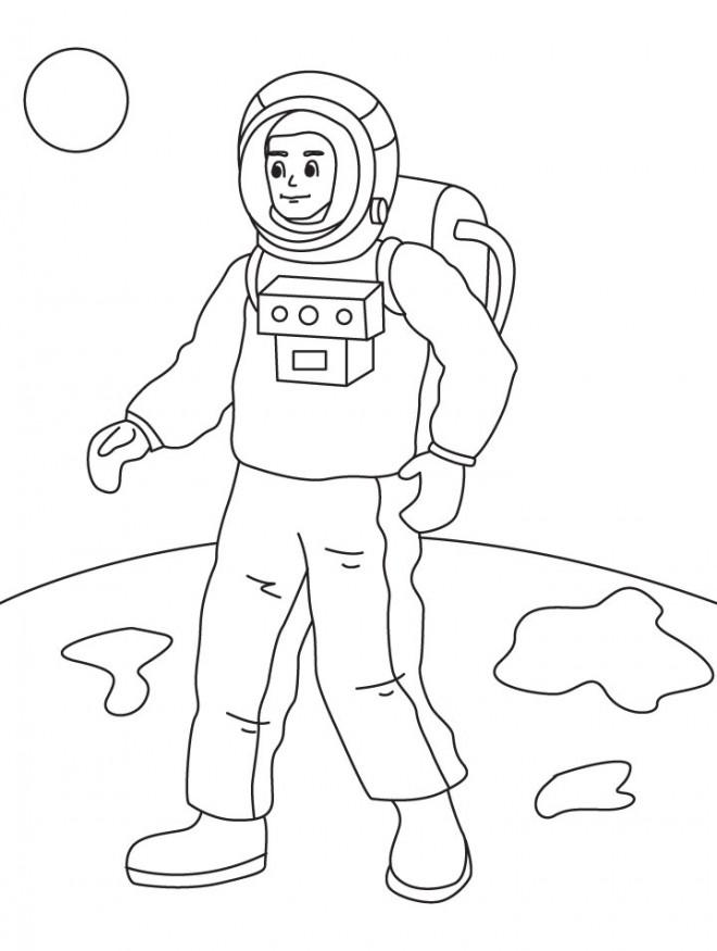 Coloriage et dessins gratuits Astronaute sur une planète à imprimer