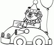Coloriage Un clown drôle conduit sa voiture
