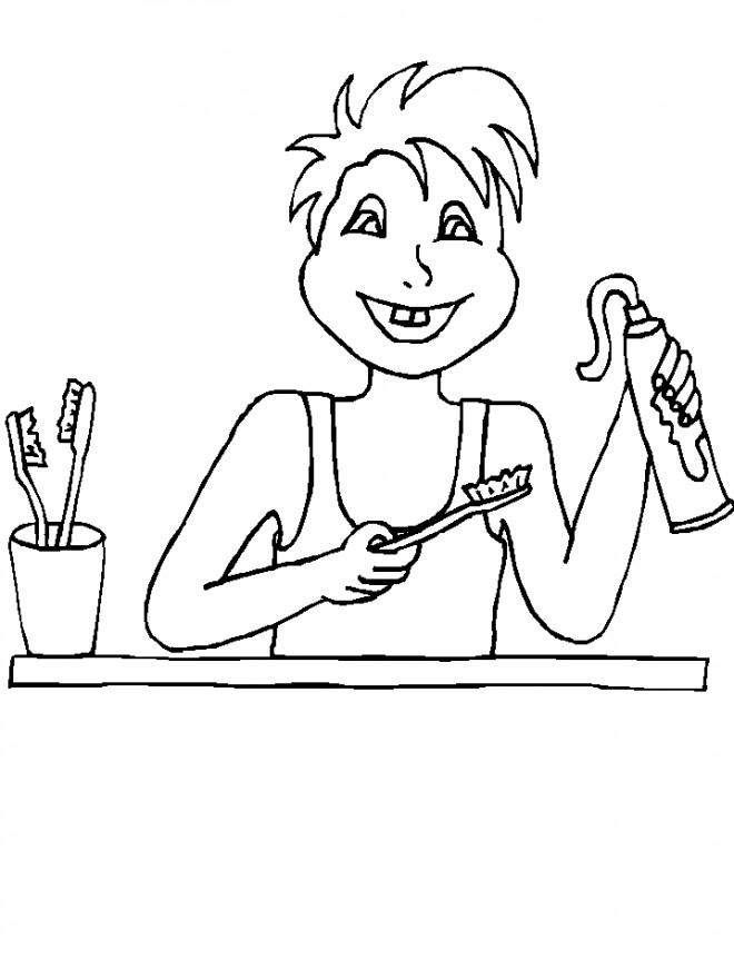 Coloriage Enfant Brosse Ses Dents Dessin Gratuit à Imprimer