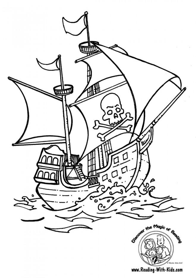 Coloriage et dessins gratuits Bateau Pirates traverse la mer à imprimer