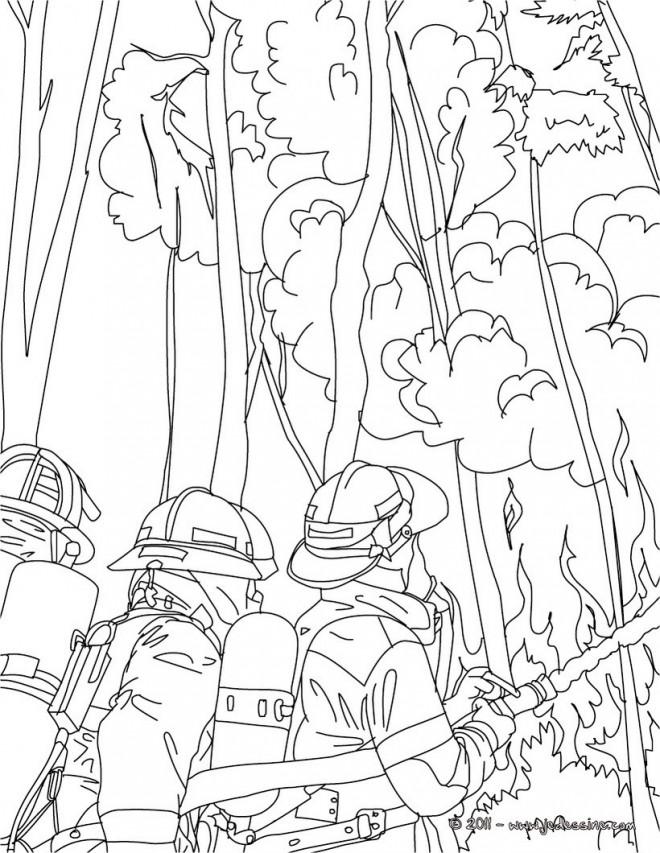 Coloriage et dessins gratuits Pompier et L'incendie à imprimer