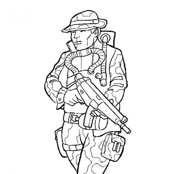 Coloriage et dessins gratuits Dessin de soldat français à imprimer