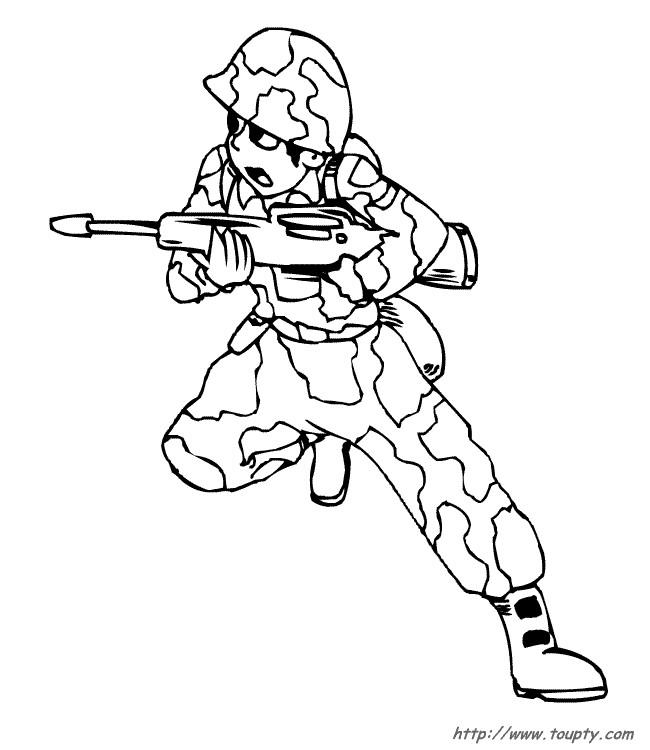 Coloriage et dessins gratuits Soldat porte son arme à imprimer
