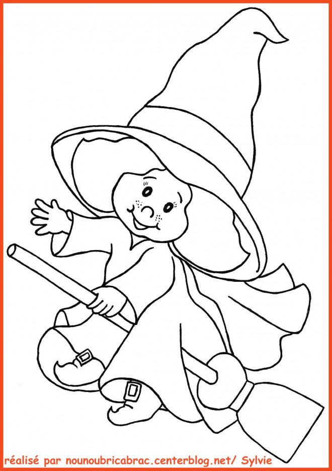 Coloriage et dessins gratuits Petite fille sur balai à imprimer
