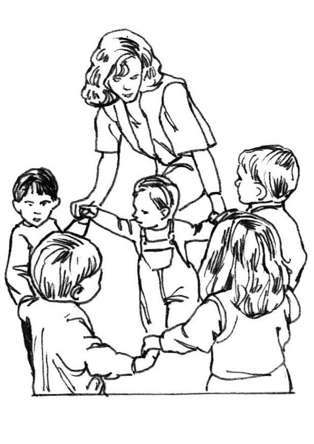 Coloriage et dessins gratuits Les enfant s'amusent en dansant à imprimer
