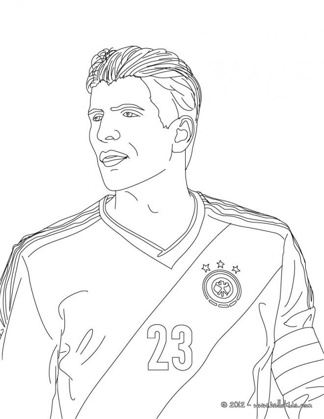 Coloriage et dessins gratuits Football Bouffon à imprimer