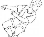 Coloriage Football Frappe avec la tête en noir