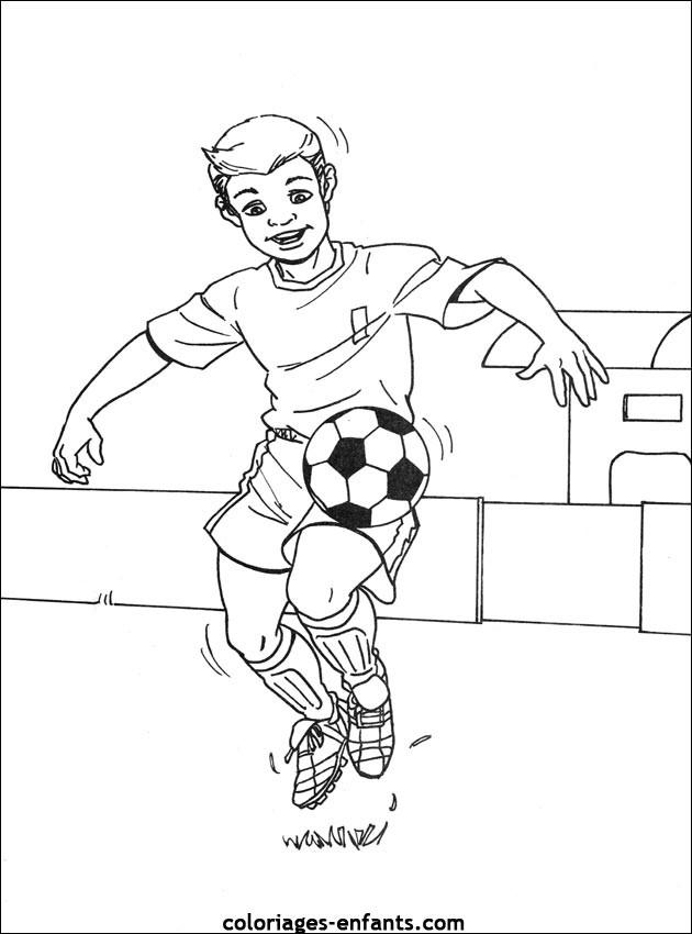 Coloriage et dessins gratuits Joueur dribble le ballon à imprimer