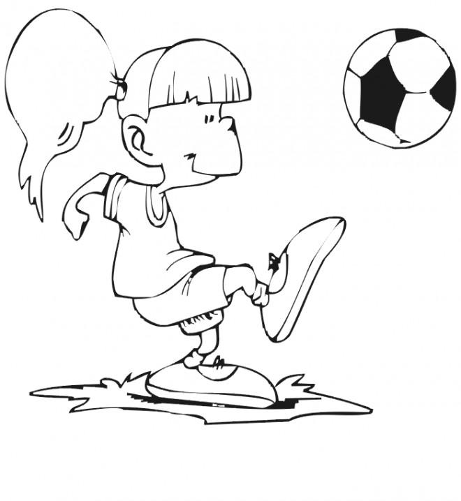 Coloriage et dessins gratuits Fille en jouant avec le ballon Soccer à imprimer