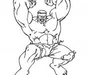 Coloriage et dessins gratuit Avengers Hulk levant ses Mains à imprimer