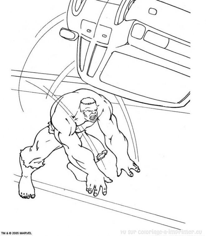 Coloriage et dessins gratuits Hulk dans La Ville à imprimer