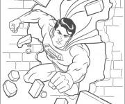 Coloriage Superman démoli le mur