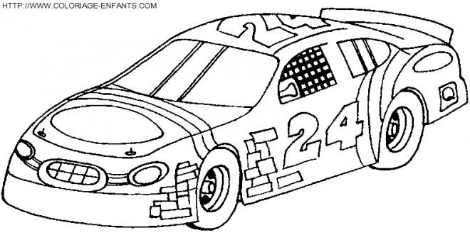Coloriage Voitures de course décorée