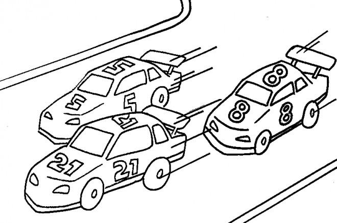 Coloriage et dessins gratuits Un course de voitures à imprimer