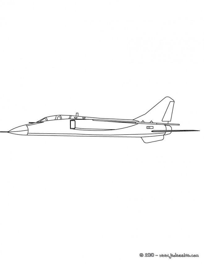 Coloriage et dessins gratuits Avion de Guerre réaliste à imprimer