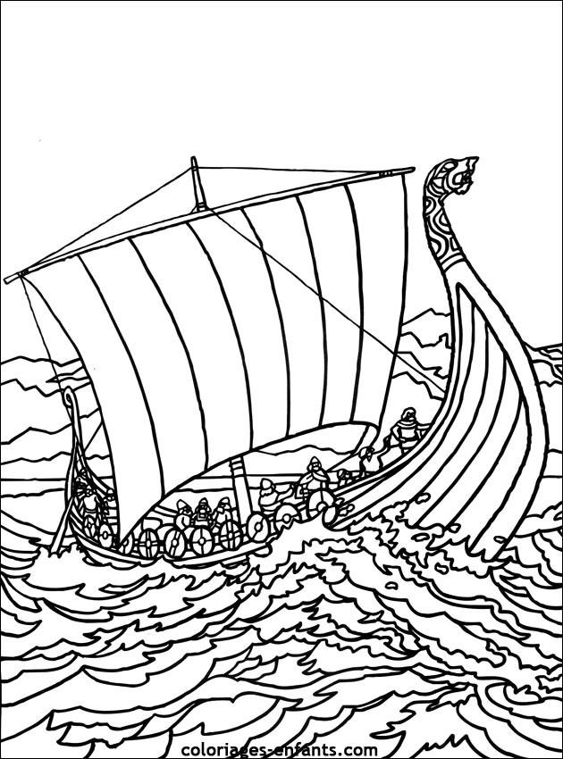 Coloriage et dessins gratuits Bateau de Guerre ancien à imprimer