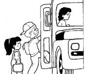Coloriage et dessins gratuit Bus et ramassage scolaire à imprimer