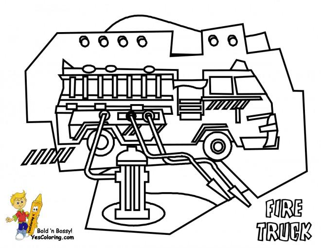 Coloriage et dessins gratuits Camion Pompier et tuyaux d'incendie à imprimer