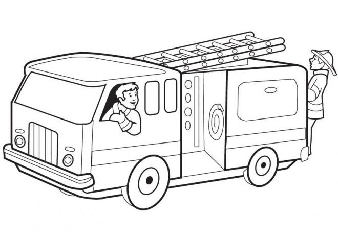 Coloriage et dessins gratuits Un Camion et Les  Pompiers à imprimer