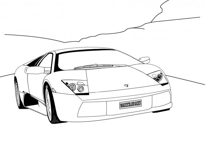 Coloriage et dessins gratuits Automobile Lamborghini dans la nature à imprimer
