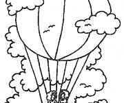 Coloriage Montgolfière en haut sous les nuages