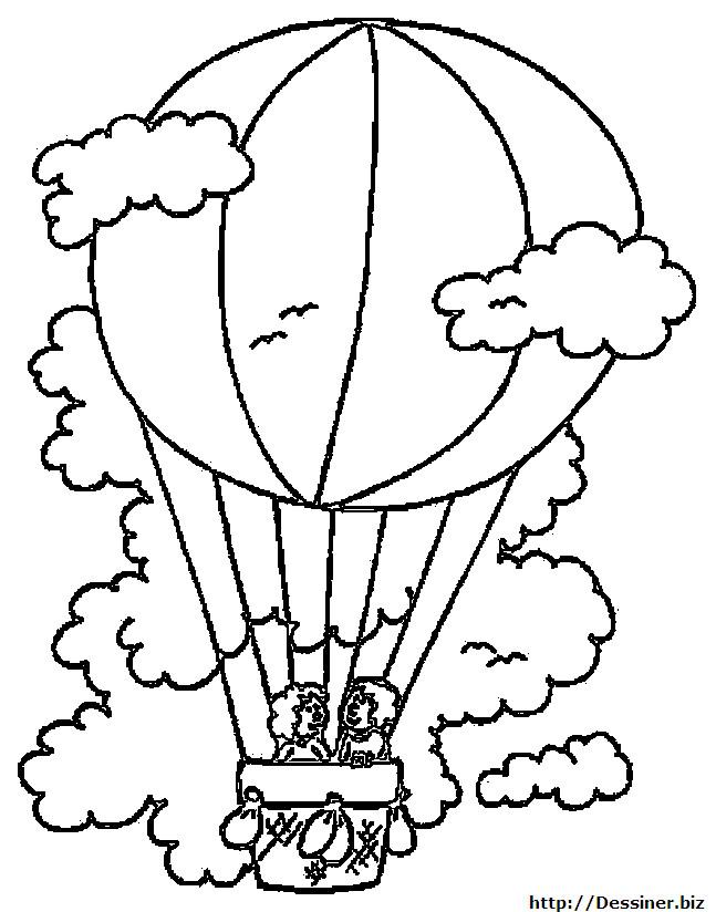 Coloriage et dessins gratuits Montgolfière en haut sous les nuages à imprimer